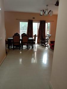 Gallery Cover Image of 2353 Sq.ft 4 BHK Apartment for rent in SPR Imperial Estate, Sector 82 for 20000