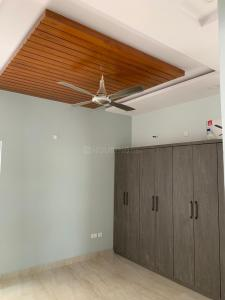 Gallery Cover Image of 3380 Sq.ft 5 BHK Villa for rent in Kismatpur for 80000