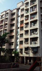 Gallery Cover Image of 1300 Sq.ft 3 BHK Apartment for buy in Kalyan West for 8400000