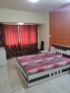 Gallery Cover Image of 1000 Sq.ft 2 BHK Apartment for rent in Jogeshwari West for 41000