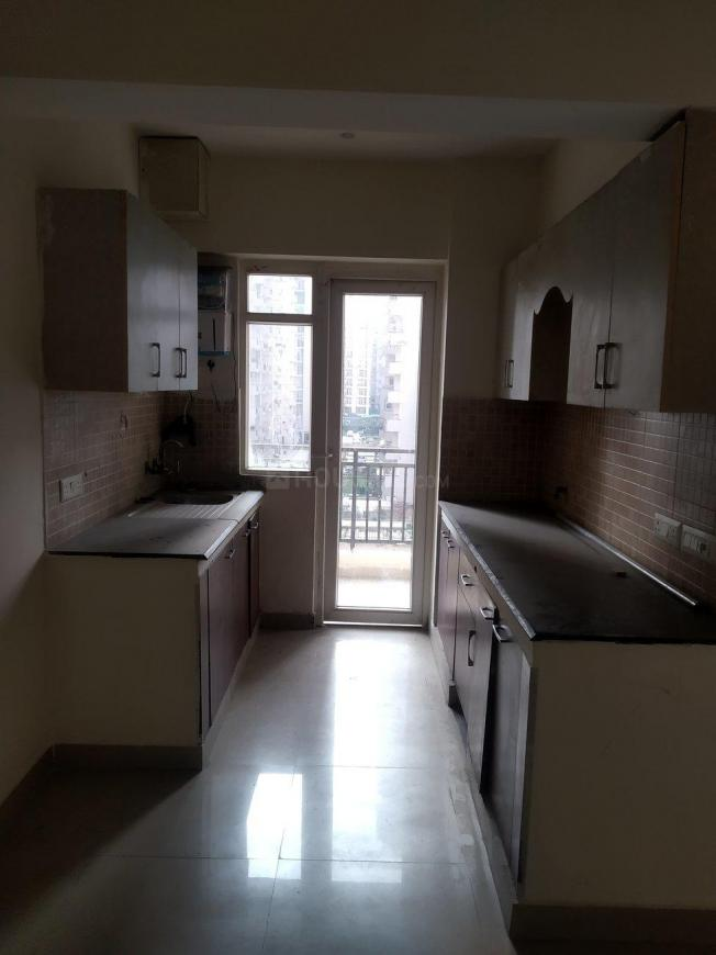 Kitchen Image of 1105 Sq.ft 2 BHK Apartment for rent in Sethi Max Royal, Sector 76 for 18000