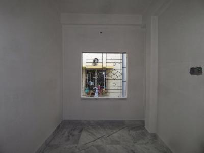Gallery Cover Image of 600 Sq.ft 2 BHK Apartment for buy in Baghajatin for 2400000