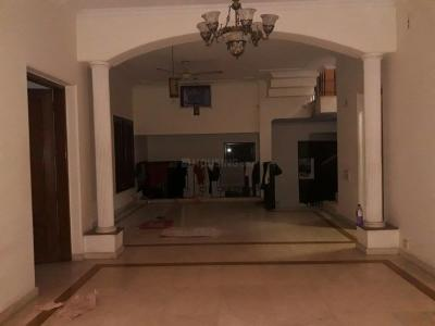 Gallery Cover Image of 36000 Sq.ft 5 BHK Independent House for buy in DLF Phase 2 for 80000000