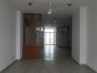 Gallery Cover Image of 2500 Sq.ft 3 BHK Independent Floor for rent in Jasola for 50000