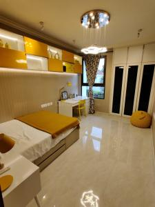 Gallery Cover Image of 1006 Sq.ft 3 BHK Apartment for buy in The Ace , Perungudi for 8800000