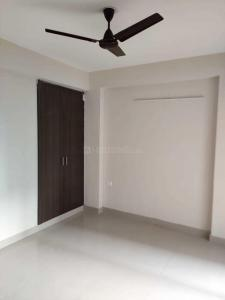 Gallery Cover Image of 890 Sq.ft 3 BHK Apartment for rent in Supertech Eco Village 3, Noida Extension for 8000
