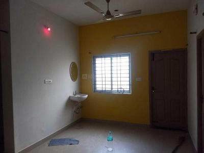 Gallery Cover Image of 1097 Sq.ft 3 BHK Apartment for rent in Chitlapakkam for 13500