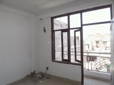 Gallery Cover Image of 450 Sq.ft 1 BHK Apartment for rent in Badarpur for 8000