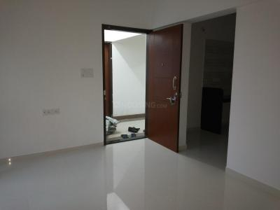 Gallery Cover Image of 900 Sq.ft 2 BHK Apartment for rent in Chinchwad for 16500