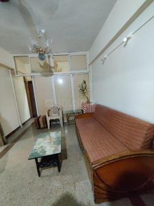 Gallery Cover Image of 850 Sq.ft 2 BHK Apartment for rent in Juhu Sangeeta Apartments, Khar Danda for 51000