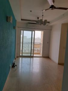 Gallery Cover Image of 1550 Sq.ft 3 BHK Apartment for rent in Mahagun Moderne, Sector 78 for 22000