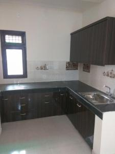 Gallery Cover Image of 1550 Sq.ft 3 BHK Apartment for rent in Sector 16B Dwarka for 18000