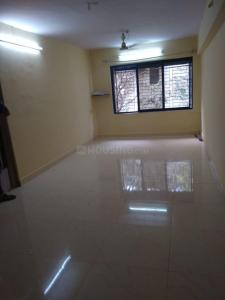Gallery Cover Image of 500 Sq.ft 1 BHK Apartment for rent in Ghatkopar West for 20000