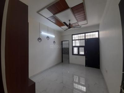 Gallery Cover Image of 900 Sq.ft 2 BHK Apartment for buy in Saraswati Residency, Dholai for 2600000