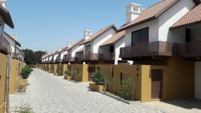 Gallery Cover Image of 2000 Sq.ft 4 BHK Villa for buy in Chala for 8500000