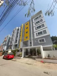 Gallery Cover Image of 1450 Sq.ft 3 BHK Apartment for rent in Kapra for 16000