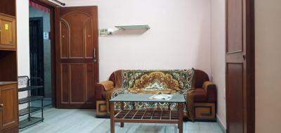 Gallery Cover Image of 632 Sq.ft 1 BHK Apartment for rent in Ashok Nagar Complex, Andheri East for 28000