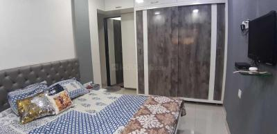 Gallery Cover Image of 600 Sq.ft 2 BHK Apartment for buy in Chandak Harmony, Kandivali West for 17000000