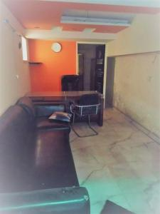 Gallery Cover Image of 300 Sq.ft 1 BHK Independent Floor for rent in Nyay Khand for 17000
