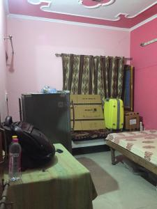 Gallery Cover Image of 650 Sq.ft 1 BHK Apartment for rent in Udyog Vihar LIG Flat, Sector 82 for 12000