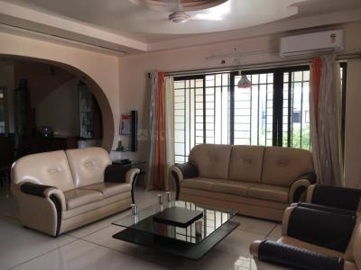 Gallery Cover Image of 2750 Sq.ft 5 BHK Apartment for buy in Rohan 1 Modibaug, Shivaji Nagar for 50000000