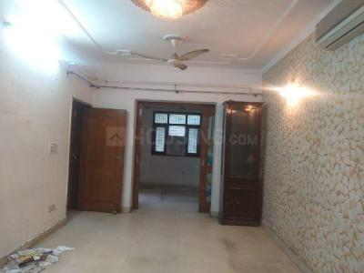 Gallery Cover Image of 1500 Sq.ft 3 BHK Apartment for buy in Green Apartments, Paschim Vihar for 15500000
