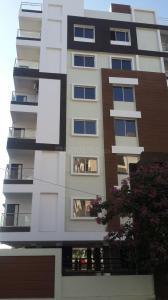 Gallery Cover Image of 1065 Sq.ft 2 BHK Apartment for buy in Nipania for 2700000