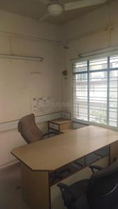 Gallery Cover Image of 850 Sq.ft 3 BHK Apartment for rent in Arihant Apartment, Kasba Peth for 39000