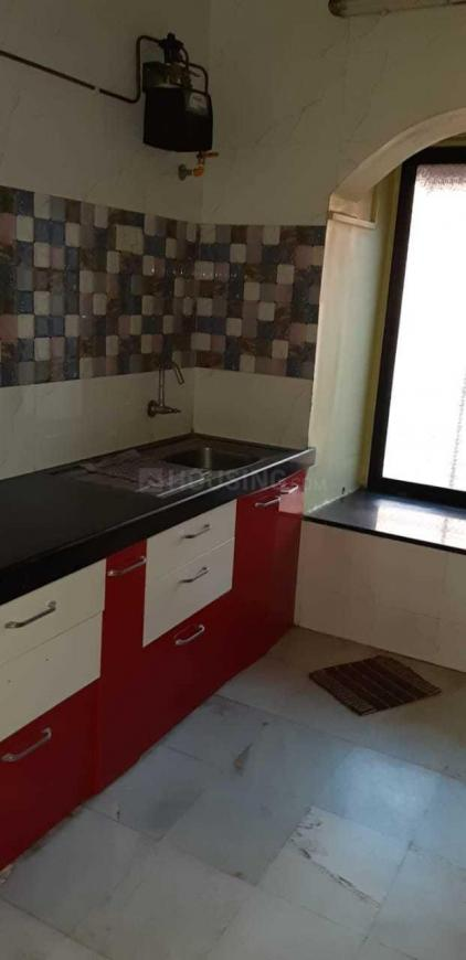 Kitchen Image of 600 Sq.ft 1 BHK Apartment for rent in Dahisar East for 19000