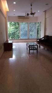 Gallery Cover Image of 850 Sq.ft 2 BHK Apartment for rent in Bandra West for 100000