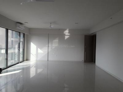 Gallery Cover Image of 3000 Sq.ft 4 BHK Apartment for buy in Rustomjee Seasons, Bandra East for 115000000