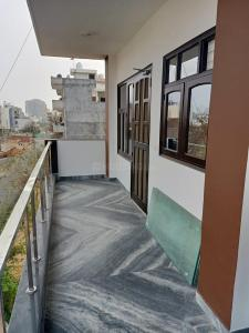 Gallery Cover Image of 1650 Sq.ft 2 BHK Independent Floor for rent in Sector 57 for 25000
