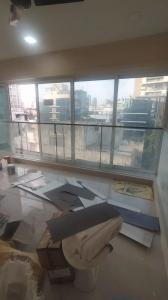 Gallery Cover Image of 750 Sq.ft 1 BHK Apartment for rent in Bandra West for 80000