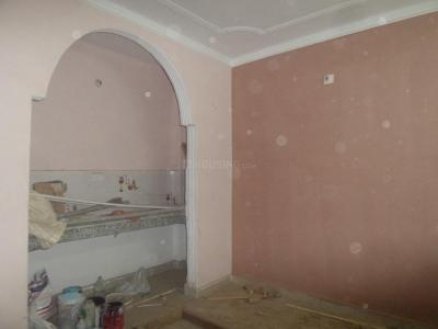 Gallery Cover Image of 450 Sq.ft 2 BHK Independent Floor for rent in Tughlakabad for 8500