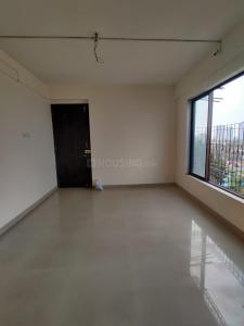 Gallery Cover Image of 410 Sq.ft 1 BHK Apartment for rent in KR K R Kenorita Jewels, Goregaon West for 24500