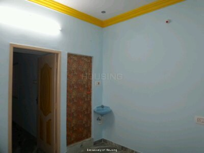 Gallery Cover Image of 450 Sq.ft 1 BHK Independent Floor for buy in Sithalapakkam for 3350000