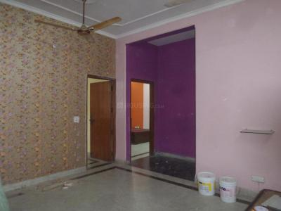 Gallery Cover Image of 1750 Sq.ft 4 BHK Independent Floor for rent in Sector 52A for 31000