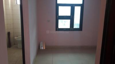Gallery Cover Image of 900 Sq.ft 3 BHK Apartment for rent in Kapashera for 12000