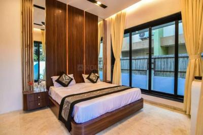 Gallery Cover Image of 3200 Sq.ft 3 BHK Apartment for buy in Omkar Realtors And Developers Alta Monte, Malad East for 34500000