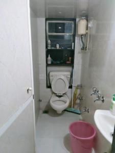 Bathroom Image of Ronnie Gupta in Andheri East
