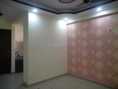 Gallery Cover Image of 880 Sq.ft 2 BHK Apartment for buy in Sector 131 for 26500000