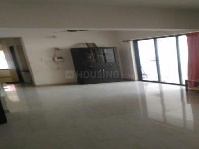 Gallery Cover Image of 1650 Sq.ft 3 BHK Apartment for rent in Balewadi for 22000