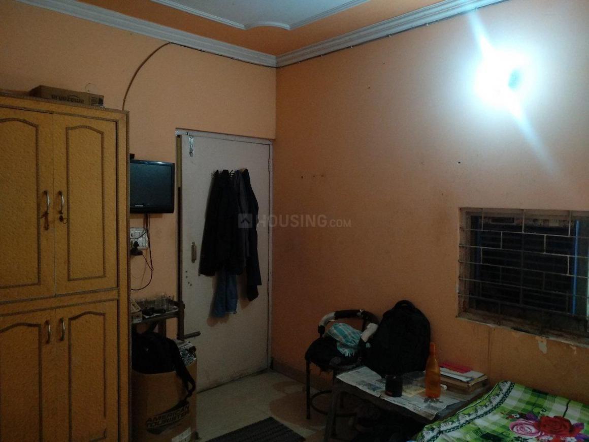 Bedroom Image of Golden PG in Sector 13