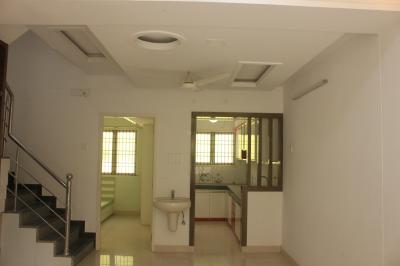 Gallery Cover Image of 1340 Sq.ft 2 BHK Independent House for buy in Kil Ayanambakkam for 7500000