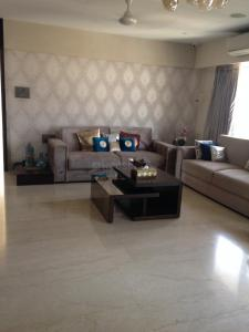 Gallery Cover Image of 1800 Sq.ft 3 BHK Apartment for buy in Khar West for 82000000