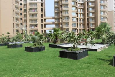 Gallery Cover Image of 950 Sq.ft 2 BHK Apartment for rent in Nirala Greenshire, Noida Extension for 10000