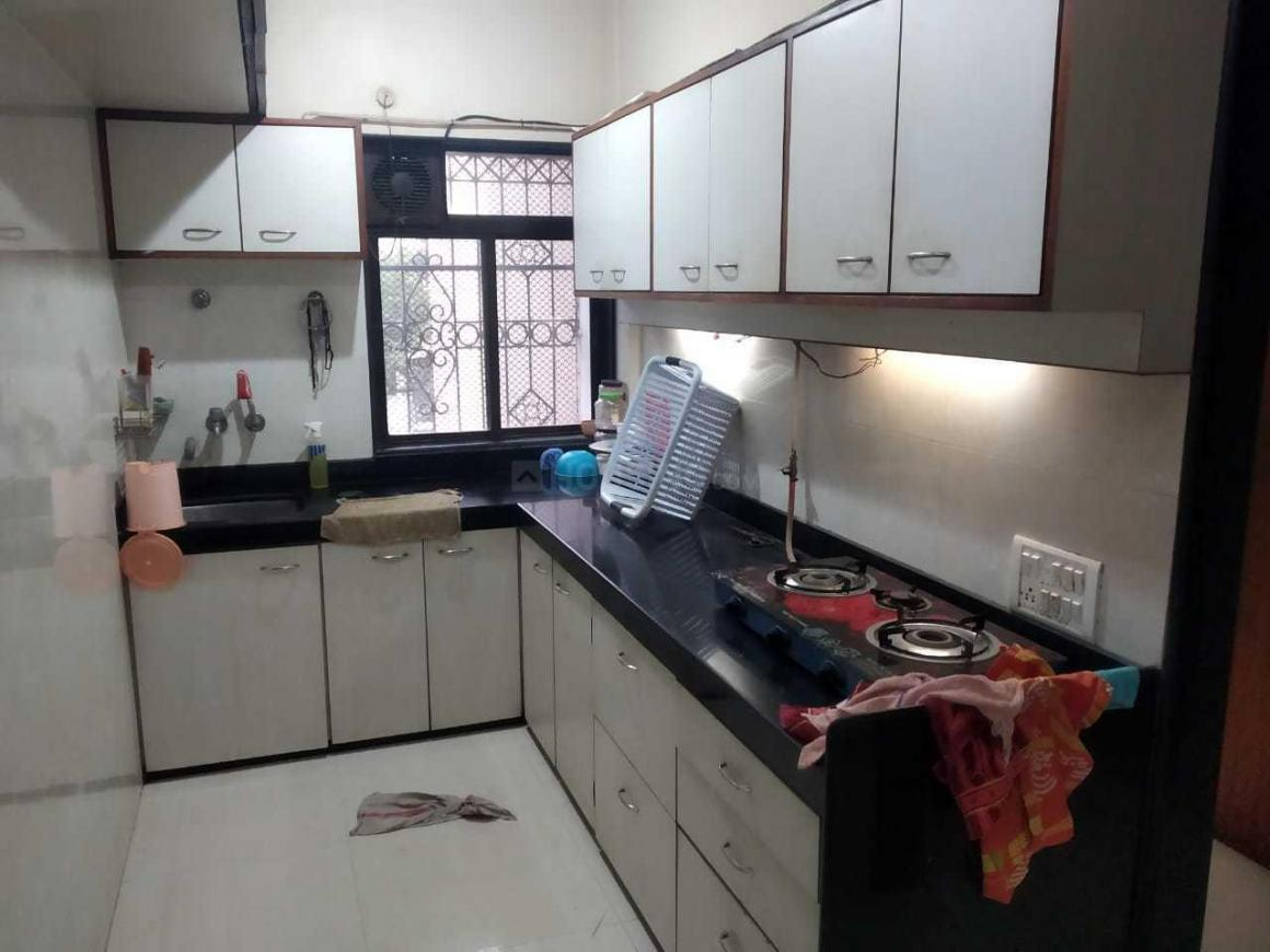Kitchen Image of 650 Sq.ft 1 BHK Apartment for rent in Andheri West for 38000