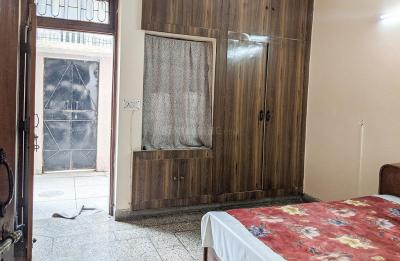 Gallery Cover Image of 800 Sq.ft 2 BHK Independent House for rent in Laxmi Nagar for 14000