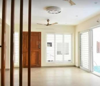 Gallery Cover Image of 2000 Sq.ft 3 BHK Apartment for rent in Thiruvanmiyur for 43000