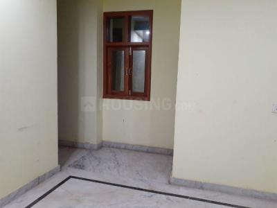 Gallery Cover Image of 750 Sq.ft 2 BHK Independent House for rent in Tughlakabad for 10000